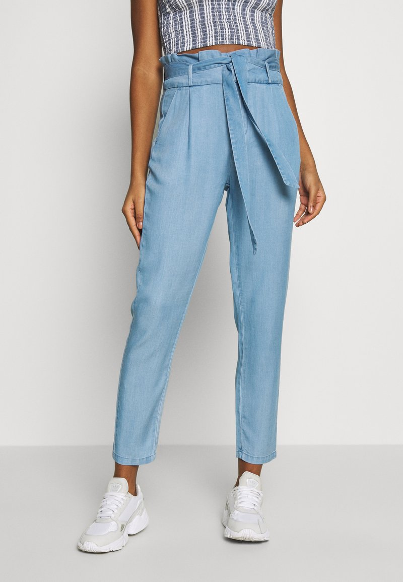 Vero Moda - VMEVA PAPERBAG PANT  - Bukse - light blue denim