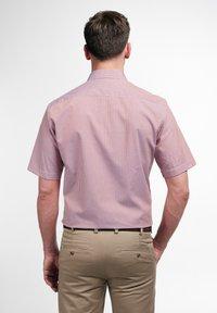Eterna - MODERN FIT  - Shirt - pfirsich/weiss - 1