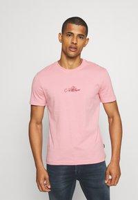 Calvin Klein - SUMMER CENTER LOGO - T-shirt con stampa - blush - 0