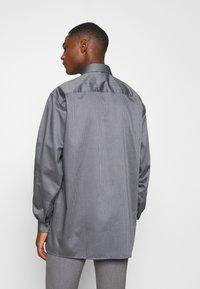OLYMP Luxor - OLYMP LUXOR COMFORT FIT  - Overhemd - grey - 2