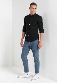 Farah - BREWER - Overhemd - black ink - 1