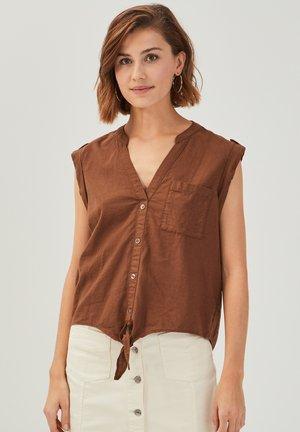 Blouse - brown