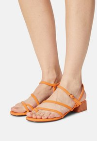 Call it Spring - CARMIN - T-bar sandals - orange - 0