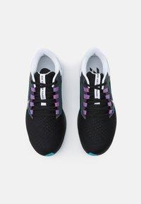 Nike Performance - AIR ZOOM PEGASUS 38 - Neutrale løbesko - black/metallic silver/white/chlorine blue/anthracite/flash crimson - 3