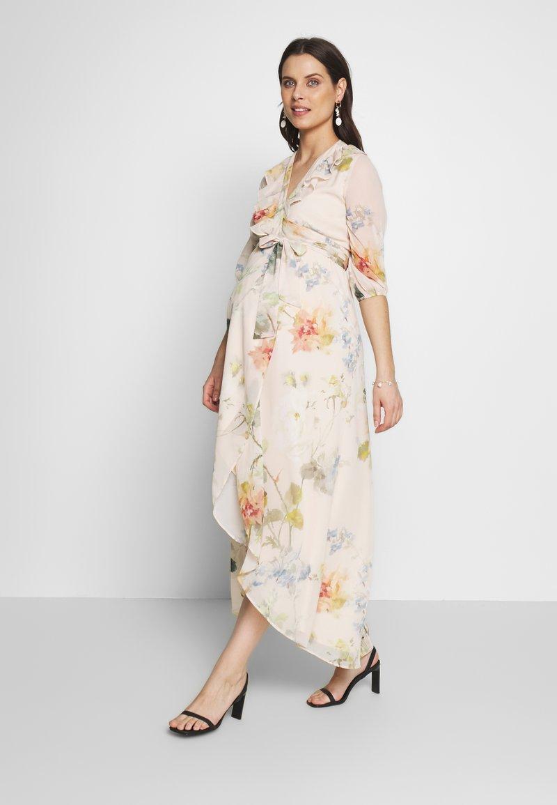 Hope & Ivy Maternity - SLEEVE WRAP DRESS - Maxi šaty - blush