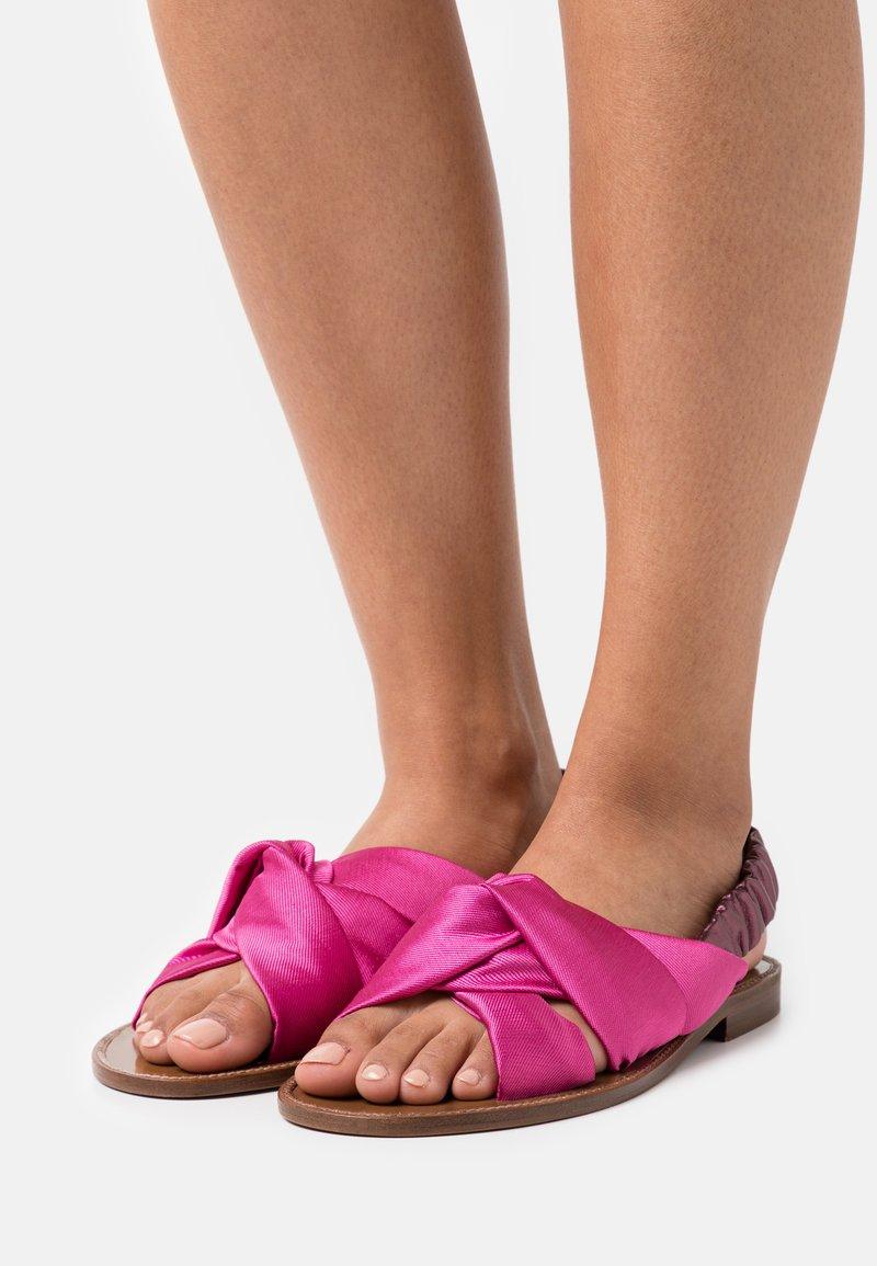 Pinko - GLICINE RASO - Sandals - fuchsia