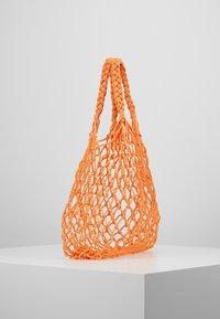 Monki - NICOLE BAG UNIQUE - Shopping bag - orange - 3