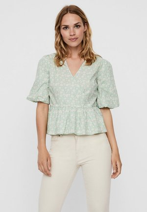 Blouse - mist green