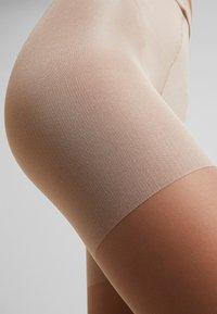 Spanx - SHAPING SHEERS - Strumpbyxor - beige - 2