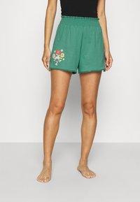 women'secret - SHORT PANT - Pyjama bottoms - green - 0