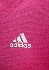 adidas Performance - AEROREADY 3-STREIFEN - Camiseta estampada - pink - 4
