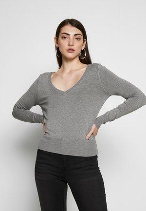 ONLVENICE V NECK - Sweter - medium grey melange