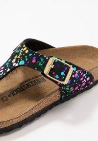 Birkenstock - GIZEH - Sandály s odděleným palcem - black - 2