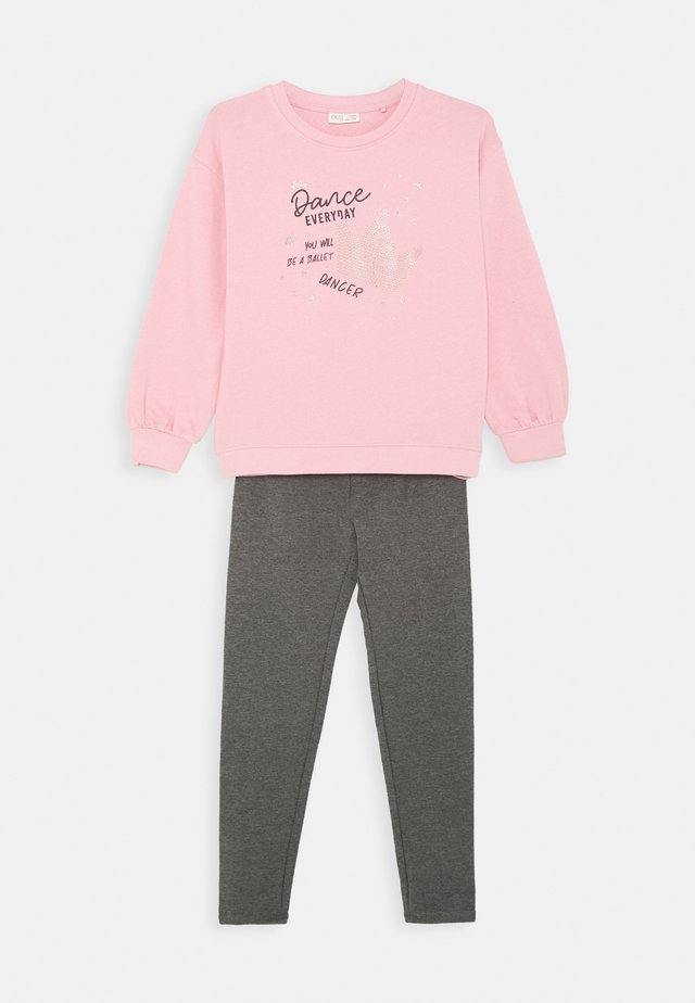 JOGGING SET - Collegepaita - cameo pink