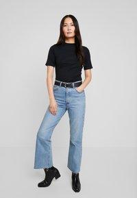 edc by Esprit - CORE HIGH - T-shirt basique - black - 1