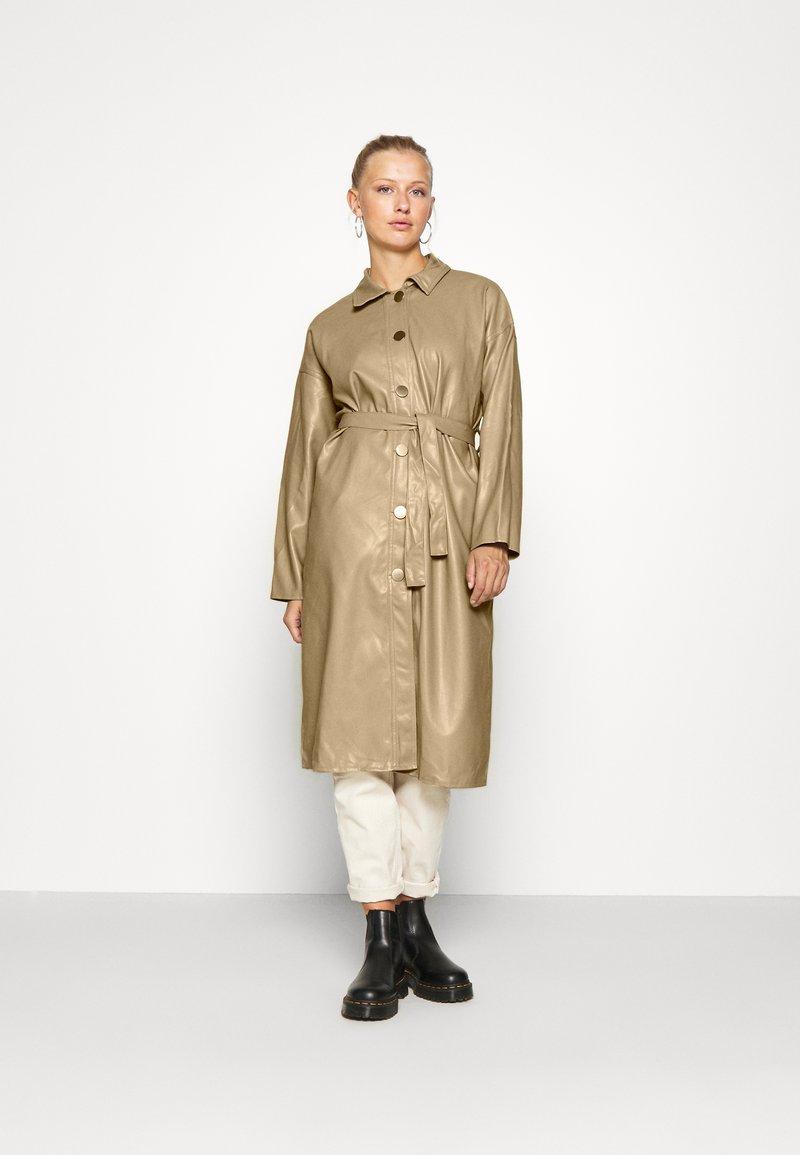 Molly Bracken - LADIES COAT - Trenchcoat - beige