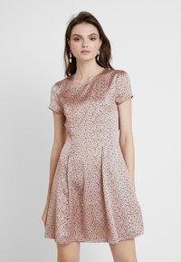 mint&berry - Day dress - dark blue/rose - 0