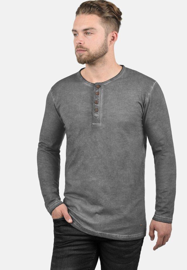 RUNDHALSSHIRT TIMUR - Long sleeved top - mid grey