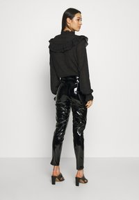 Nly by Nelly - PANT - Pantalones - black - 2