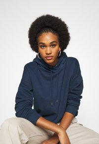 ONLY - ONLHAILEY HOOD - Hoodie - navy blazer - 3