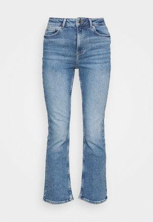 ONLCHARLIE LIFE - Flared Jeans - light blue denim