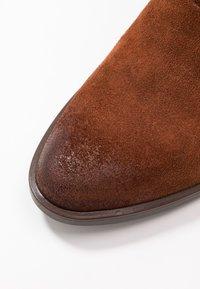 MJUS - Kotníkové boty - penny - 2