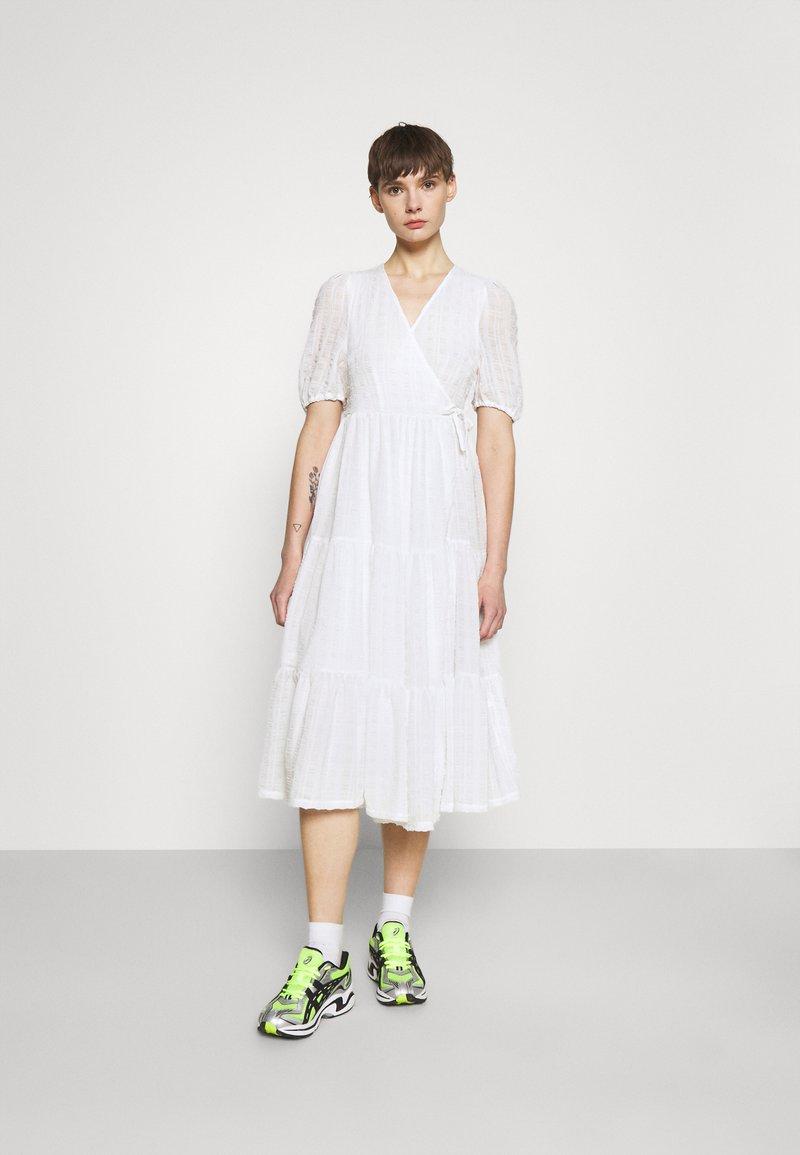 Monki - YOSSE DRESS - Day dress - white light