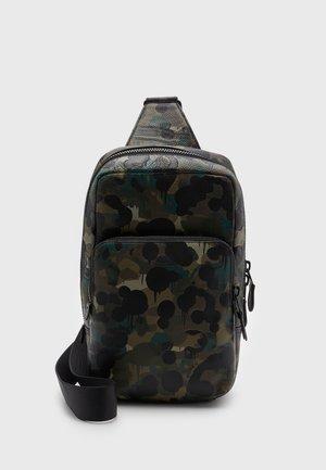 GOTHAM UNISEX - Across body bag - khaki/black