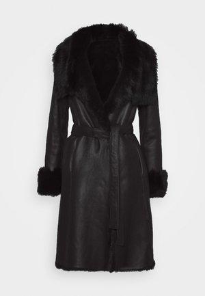 FLO COAT - Giacca di pelle - black