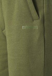 Minimum - ZINFANDEL - Shorts - olivine - 5