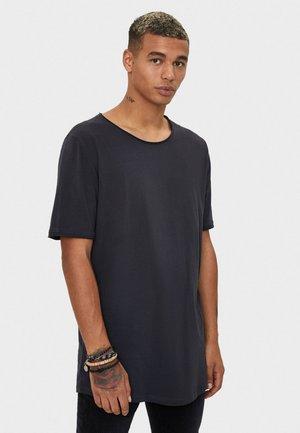 SHIRT MIT RUNDAUSSCHNITT 07758777 - Basic T-shirt - grey