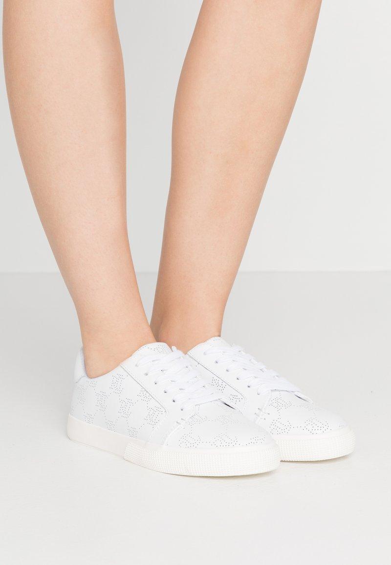 Lauren Ralph Lauren - JOSLIN - Sneakers laag - white