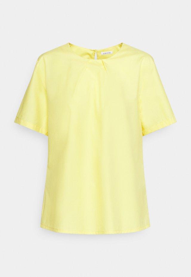 Pusero - gelb