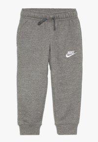 Nike Sportswear - CLUB CUFF PANT - Teplákové kalhoty - carbon heather - 0
