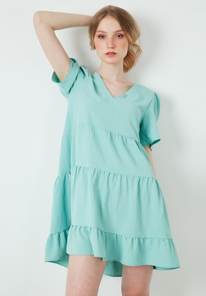 Day dress - light green
