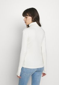 Gestuz - ROLLA ROLLNECK - Long sleeved top - off white - 0