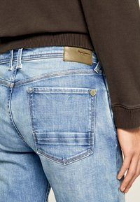 Pepe Jeans - CHEPSTOW - Straight leg jeans - blue - 4