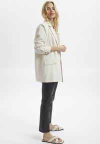 Kaffe - Short coat - antique white - 0
