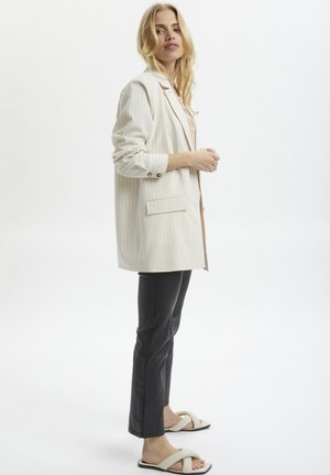 Short coat - antique white