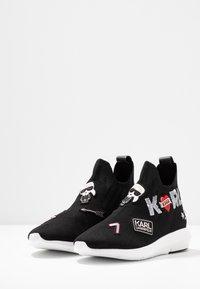 KARL LAGERFELD - VITESSE JEWEL BADGE MID - High-top trainers - black - 4