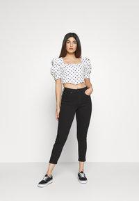 Topshop Petite - JAMIE CLEAN - Jeansy Skinny Fit - black - 1