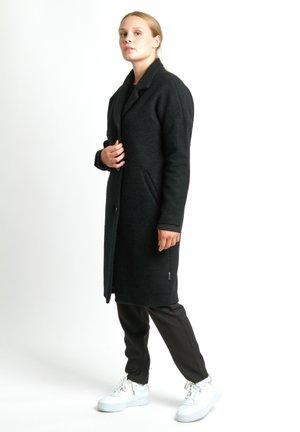 ORBIT - Short coat - black