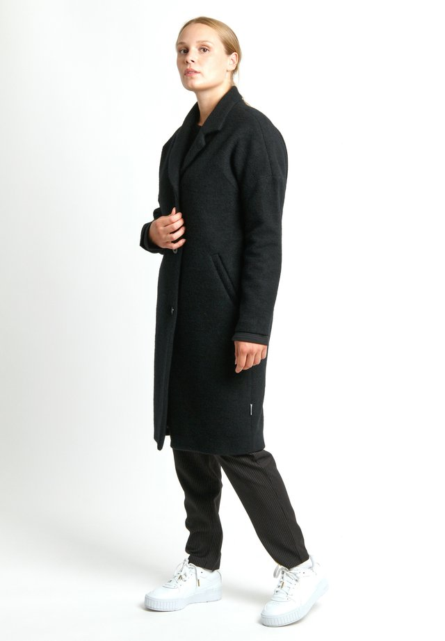 ORBIT - Manteau court - black