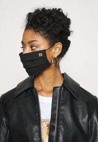 Escada - SOLID LOGO - Community mask - black - 2