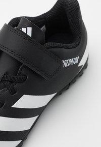 adidas Performance - PREDATOR 20.4 FOOTBALL TURF UNISEX - Astro turf trainers - core black/footwear white - 5