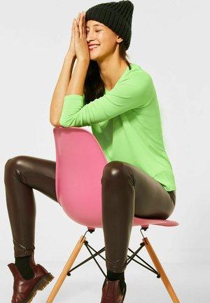 BASIC  - Long sleeved top - grün