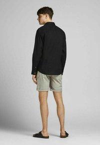 Jack & Jones PREMIUM - Formal shirt - black - 2