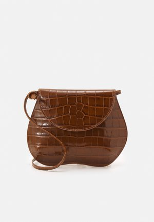 PEBBLE MINI BAG - Across body bag - brown