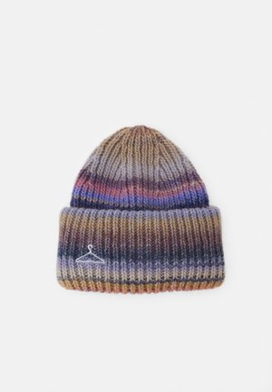 HYPNOTIZED BEANIE - Čepice - purple