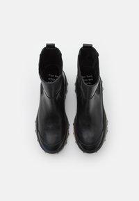 Bronx - JAXSTAR - Platåstøvletter - black - 5